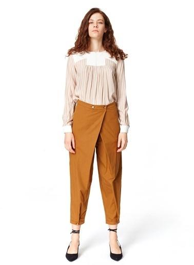 Mizalle Asimetrik Detaylı Pantolon Hardal